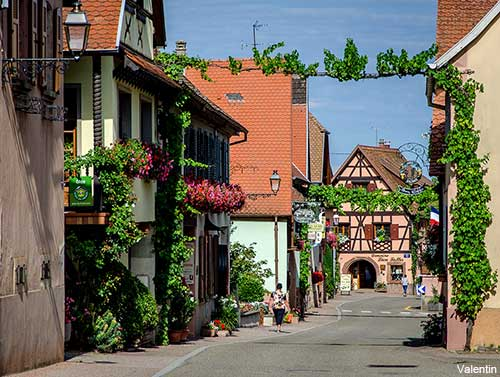 village houses in Itterswiller on the Alsace wine route in France